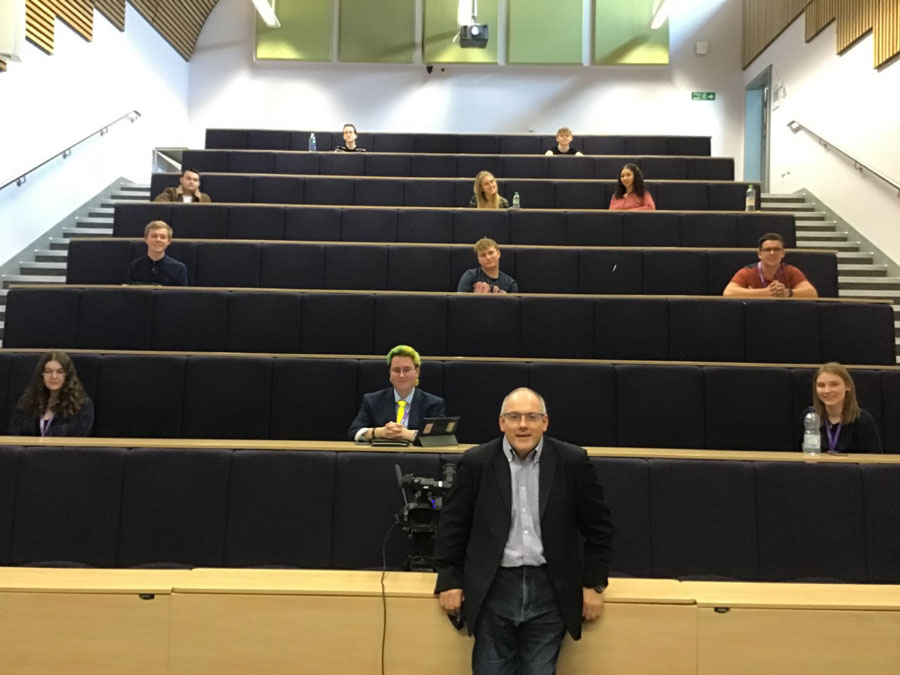 Robert Halfon MP visits Harlow College